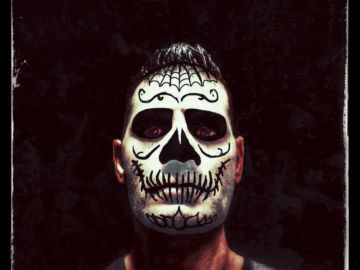Meaning Of Dia De Los Muertos Face Painting Holidappy Celebrations