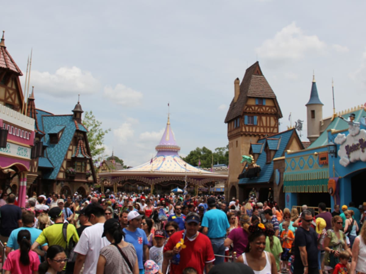 Disney World Vs Universal Vs Legoland Which Is Best For 3 To 5 Year Olds Wanderwisdom Travel