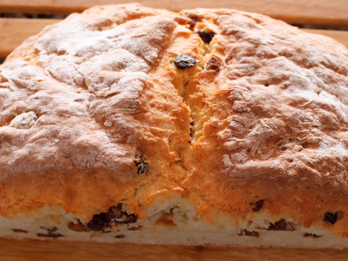 White Fruit Soda Bread Recipe A Delicious Traditional Irish Bread Recipe Hubpages