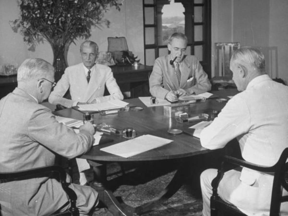 Picture of: Round Table Conferences Failed Another Cause Of Disruption Of Subcontinent Hubpages