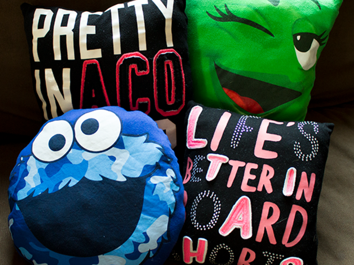 Diy Crafts For Teens Upcycle Old T Shirts Into Cute Decorative Pillows Feltmagnet Crafts