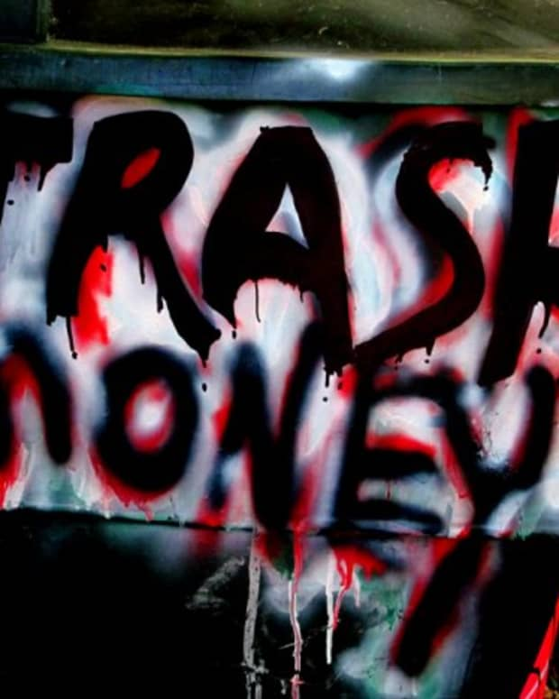 trash-money-the-art-of-collecting-aluminum-cans-plastic-and-glass