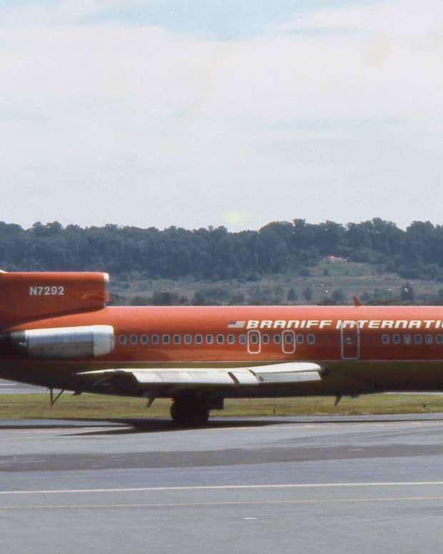 flight-memories-from-a-former-flight-attendant