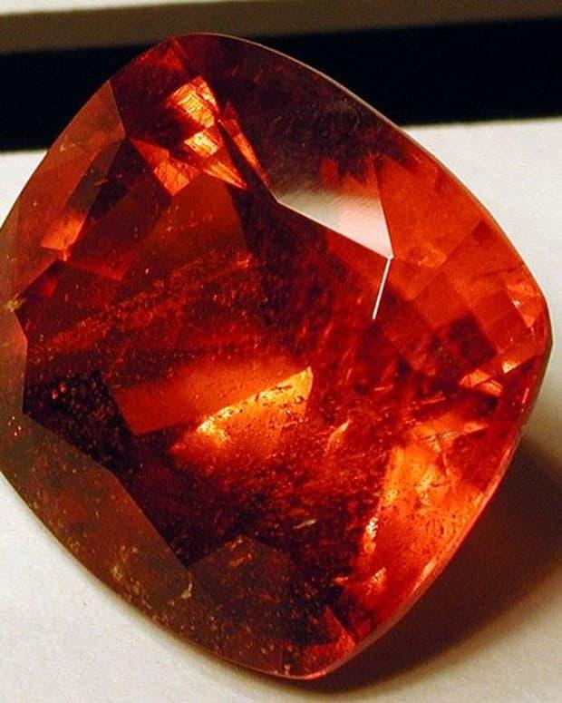 gemstones-basic-buying-tips