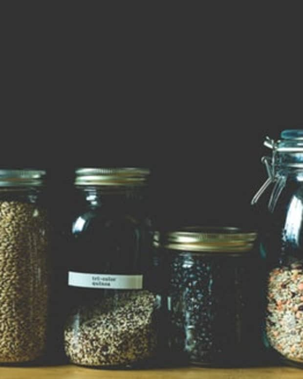 20-pantry-staples-that-you-should-never-let-yourself-run-out-of