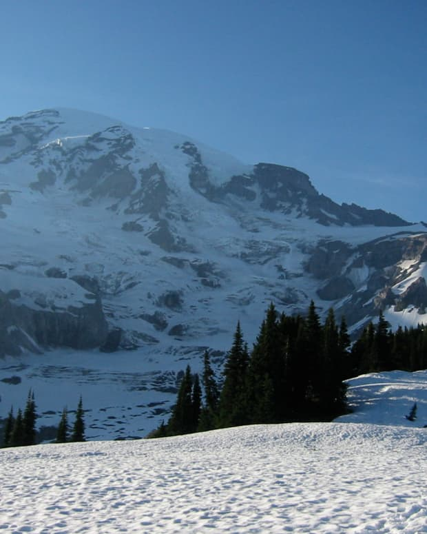 the-dangers-of-climbing-mt-rainier