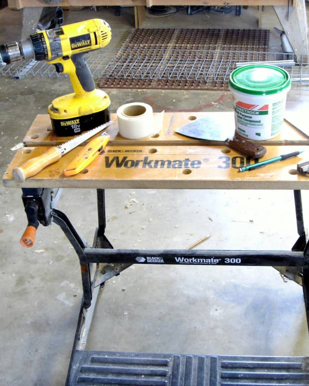 sheetrock-repair-how-to-patch-and-repair-holes-in-drywall