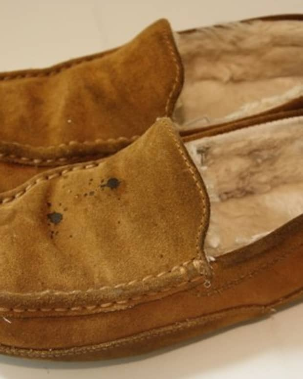 how-to-clean-suede-and-sheepskin-slippers