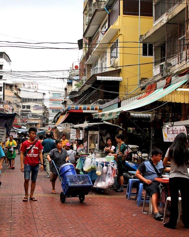 street-food-in-bangkok-thailand
