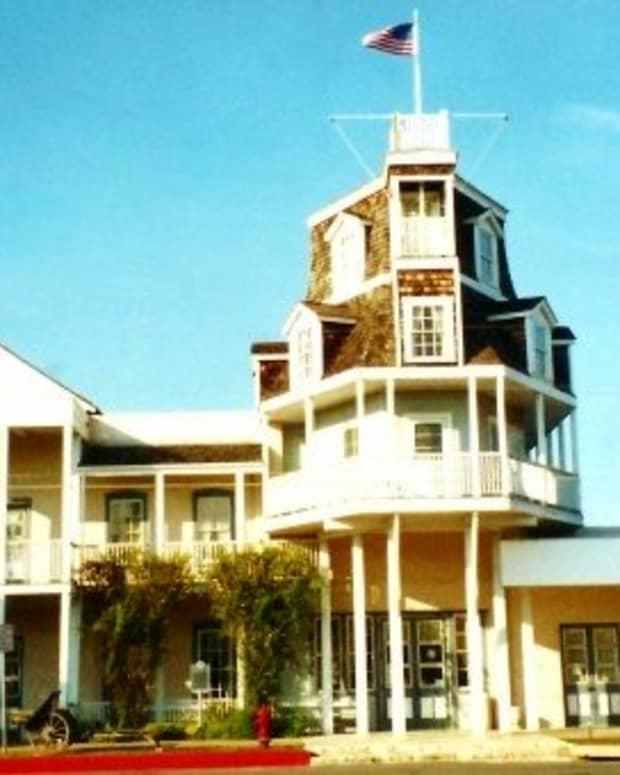 sightseeing-trips-in-fredericksburg-texas-nimitz-museum