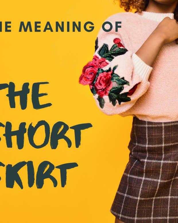 women-in-short-skirts