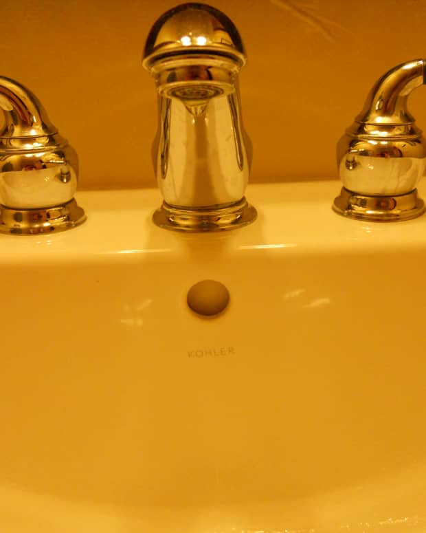 diy-plumbing-how-to-fix-a-leaking-faucet