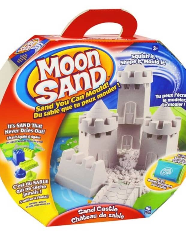what-is-moon-sand-ingredients-how-made-uses-for-kids