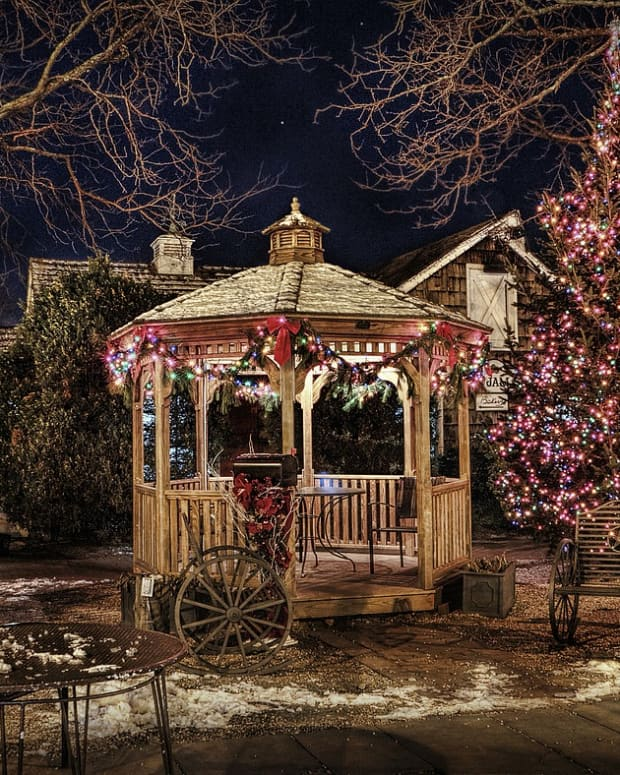 christmas-trees-and-traditions-in-the-appalachian-region-of-america