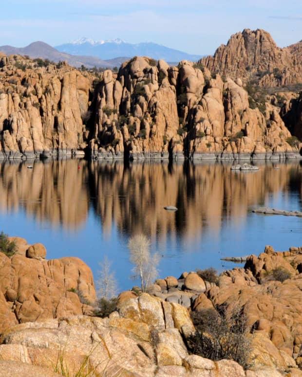 watson-lake-and-the-granite-dells-in-prescott-arizona