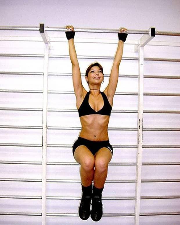 fitness woman P90X insanity
