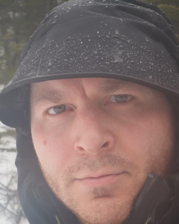how-to-waterproof-a-rain-jacket