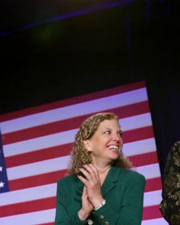 in-defense-of-hillary-the-entire-democratic-establishment-is-to-blame