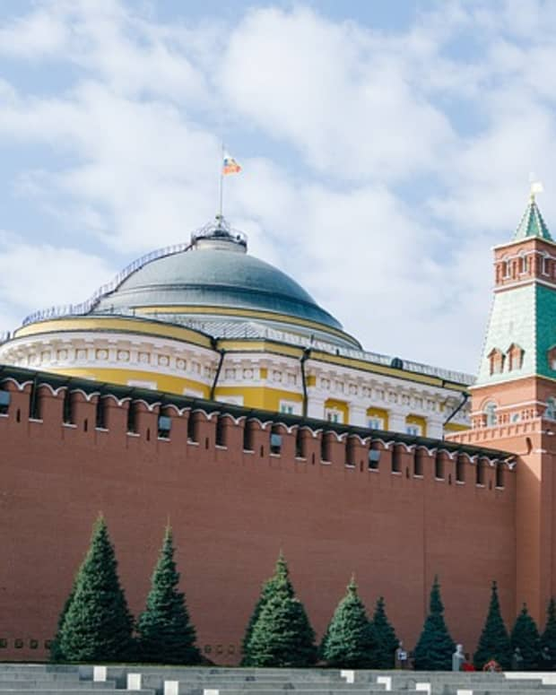russia-bans-the-new-world-translation