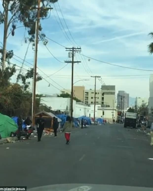how-to-end-homelessness-in-america