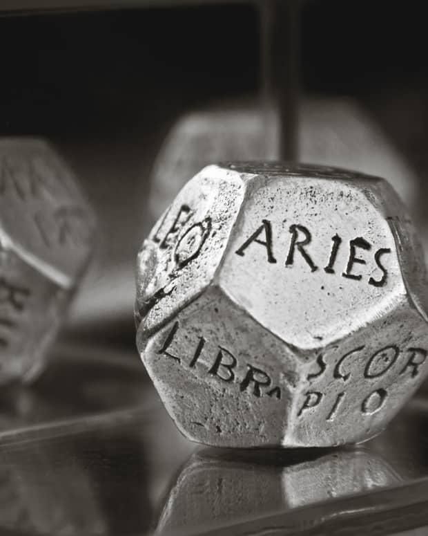 online-horoscopes-written-by-real-true-astrologers