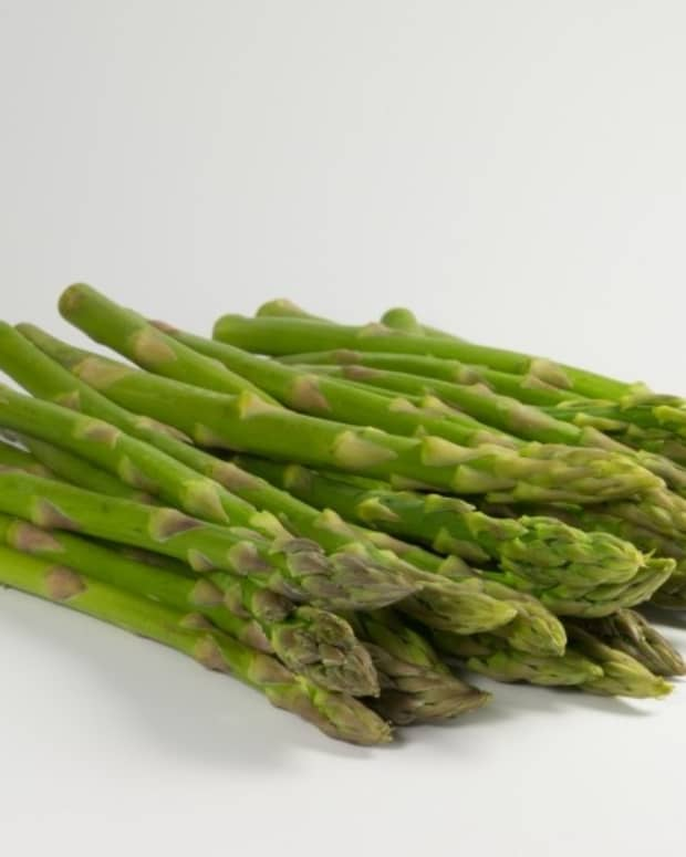 feeling-down-try-some-of-these-mood-boosting-foods