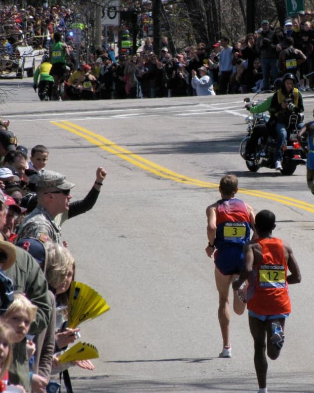 why-runners-and-triathletes-should-know-what-hyponatremia-is