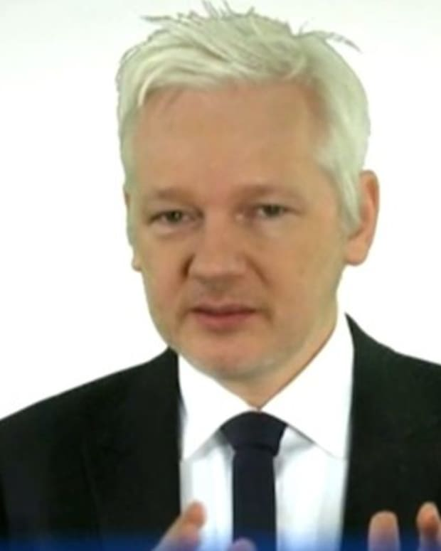 mainstream-media-snared-by-fake-news-in-attempt-to-discredit-wikileaks-podesta-emails
