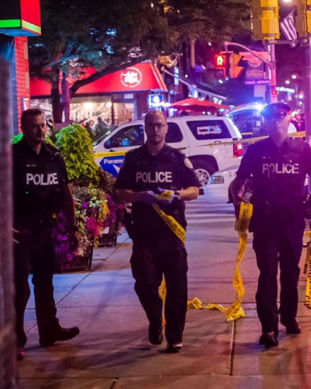 shooting-on-the-danforth-too-close