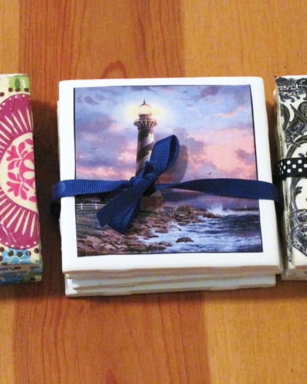 make-your-own-coasters-with-ceramic-tile-and-scrapbook-paper