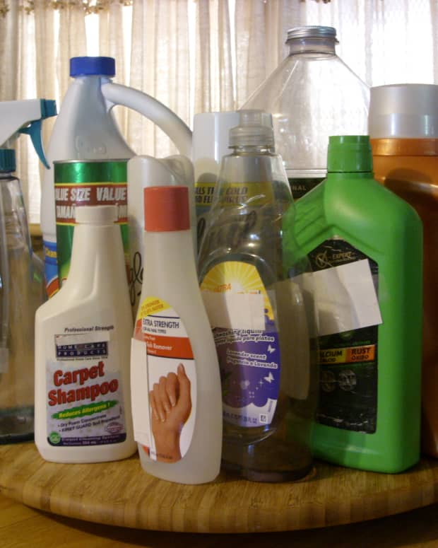 first-aide-help-to-treat-mishaps-with-common-household-chemicals