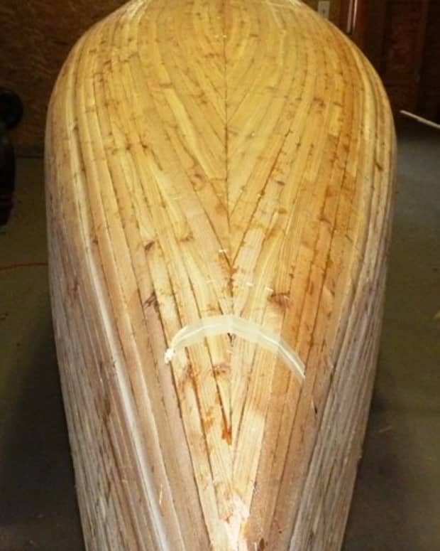 building-a-cedar-strip-canoe-the-details-sanding-and-fiberglassing