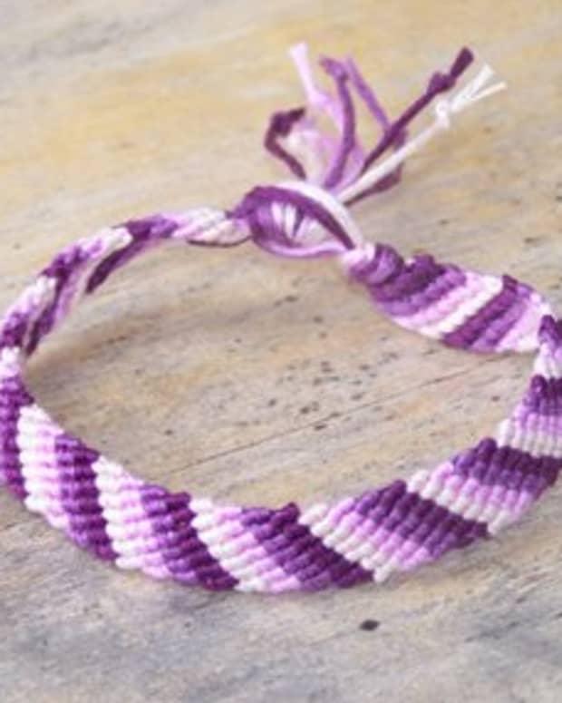 how-to-make-a-simple-friendship-bracelet