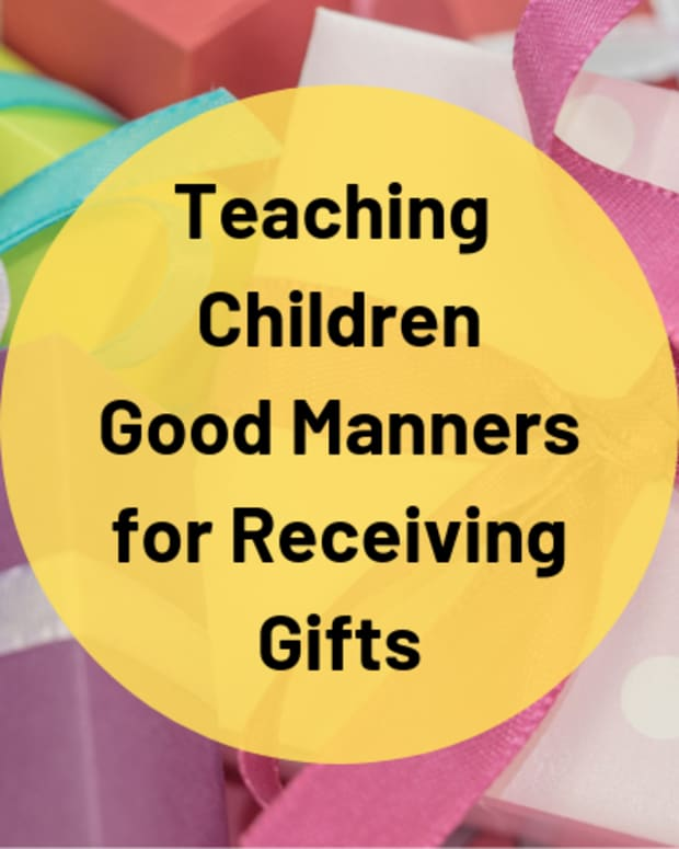 gift-receiving-etiquette-and-manners-a-guide-for-children