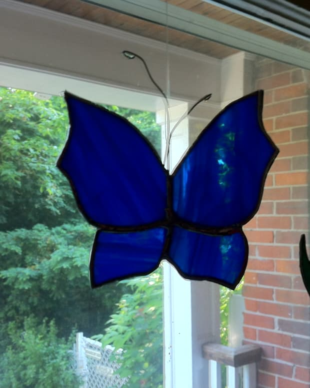 making-stained-glass-butterflies-step-by-step-instructions
