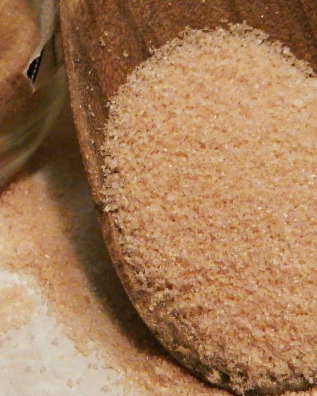 home-made-brown-sugar-and-lemon-body-scrub