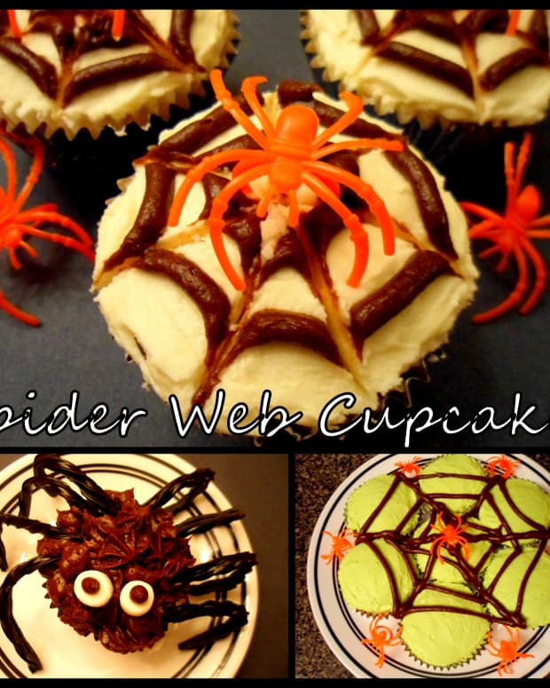spider-web-cupcakes