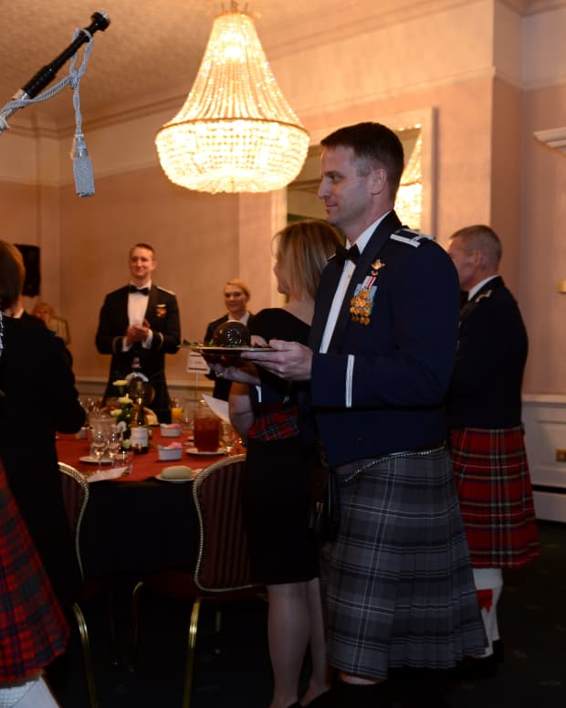 how-to-celebrate-burns-night-in-the-traditional-manner