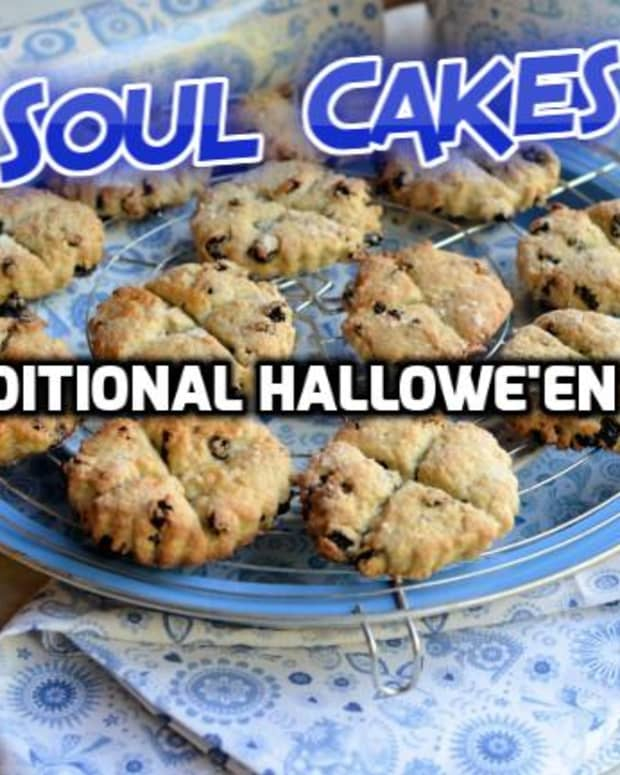 halloween-and-traditional-soul-cakes