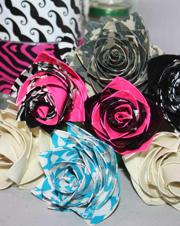 how-to-make-a-flower-out-of-duct-tape