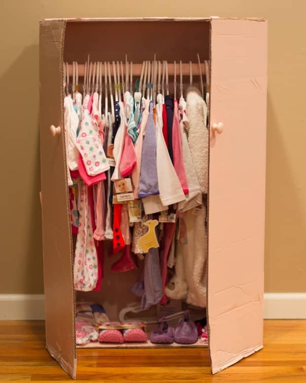 how-to-make-a-baby-shower-closet