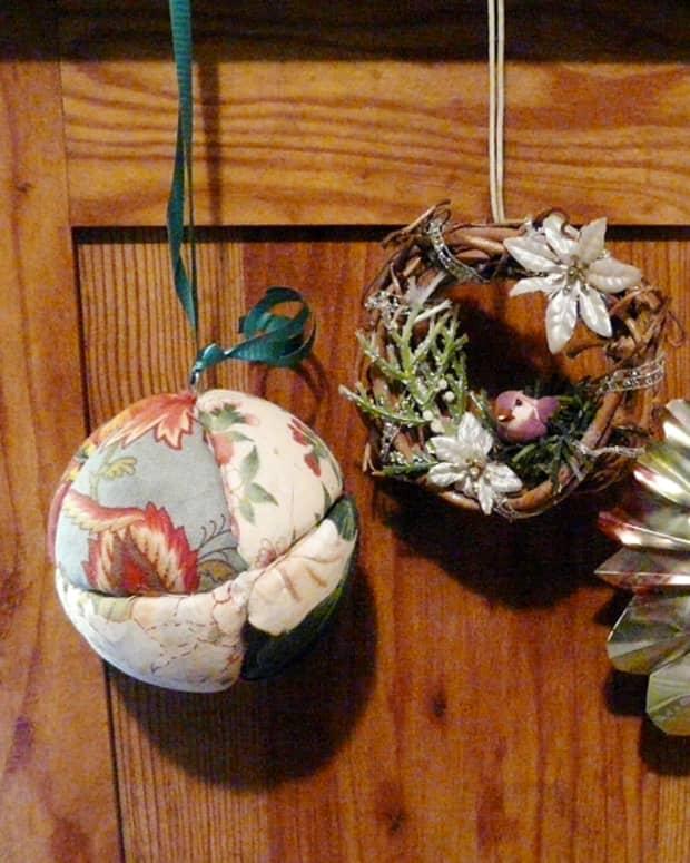 easy-homemade-christmas-ornaments