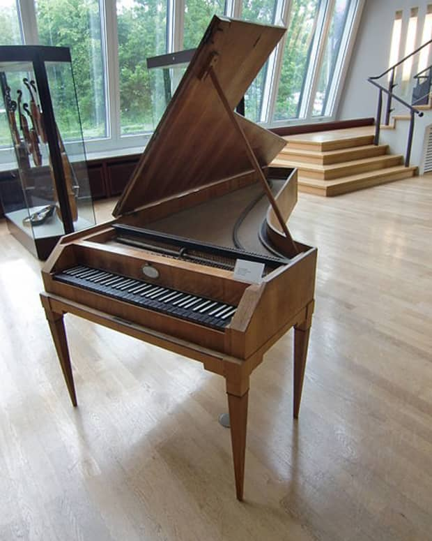 whats-the-pianos-real-name-pianoforte-or-fortepiano