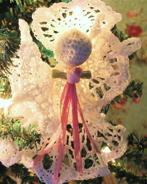 free-crochet-pattern-angel-christmas-ornament