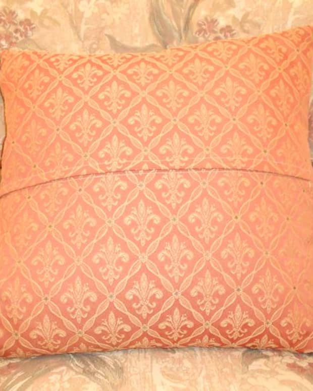 how-to-sew-a-simple-envelope-cushion-cover