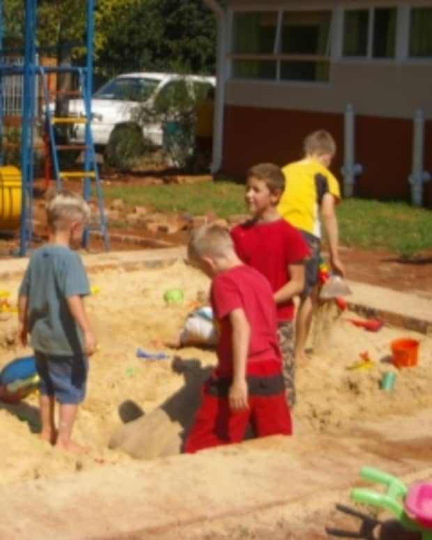 letting-your-child-play