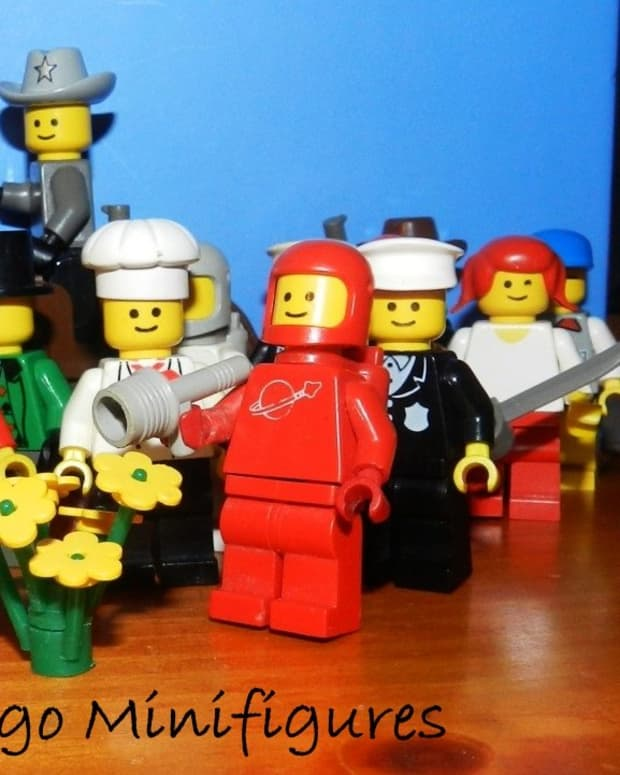 lego-minifigures-classic-minifigs-from-vintage-lego-sets