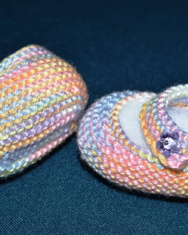basic-mary-jane-baby-booties-free-knitting-patterns-with-how-to-knit-videos