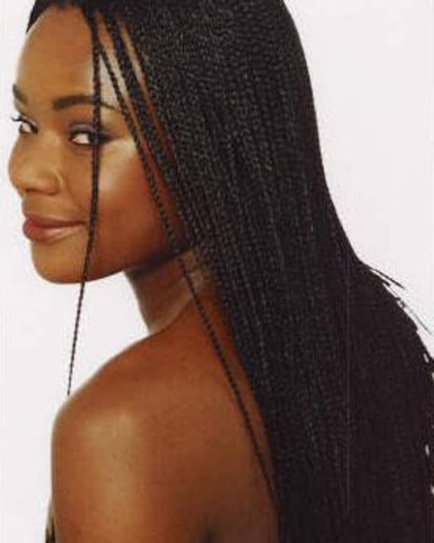 black-women-in-the-navy-wearing-individual-braids