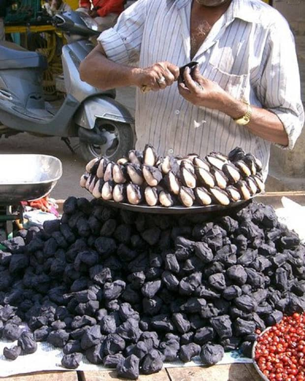 what-is-water-chestnut-water-caltrop-or-singhara-and-what-are-its-health-benefits